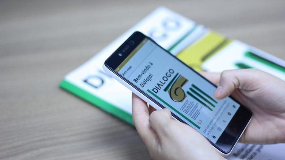 Revista-Dialogo-Universitario-lanca-aplicativo