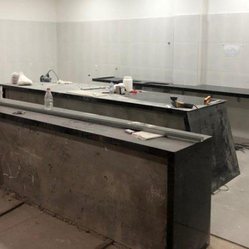 Instalação dos acabamentos da cozinha
