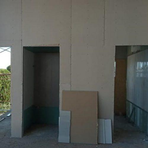 Entradas dos banheiros do 1º andar