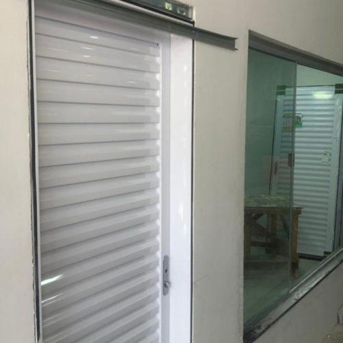 Instalação das portas e janelas