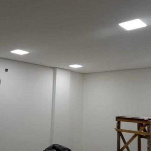 Iluminação dos tetos em conclusão